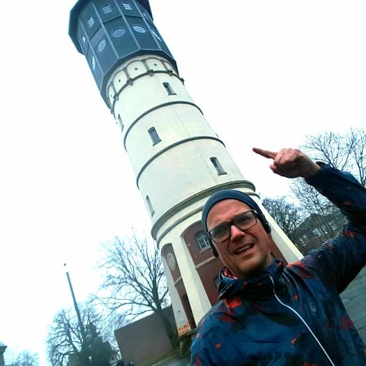 ...passend zum Dauerregen, der Wasserturm